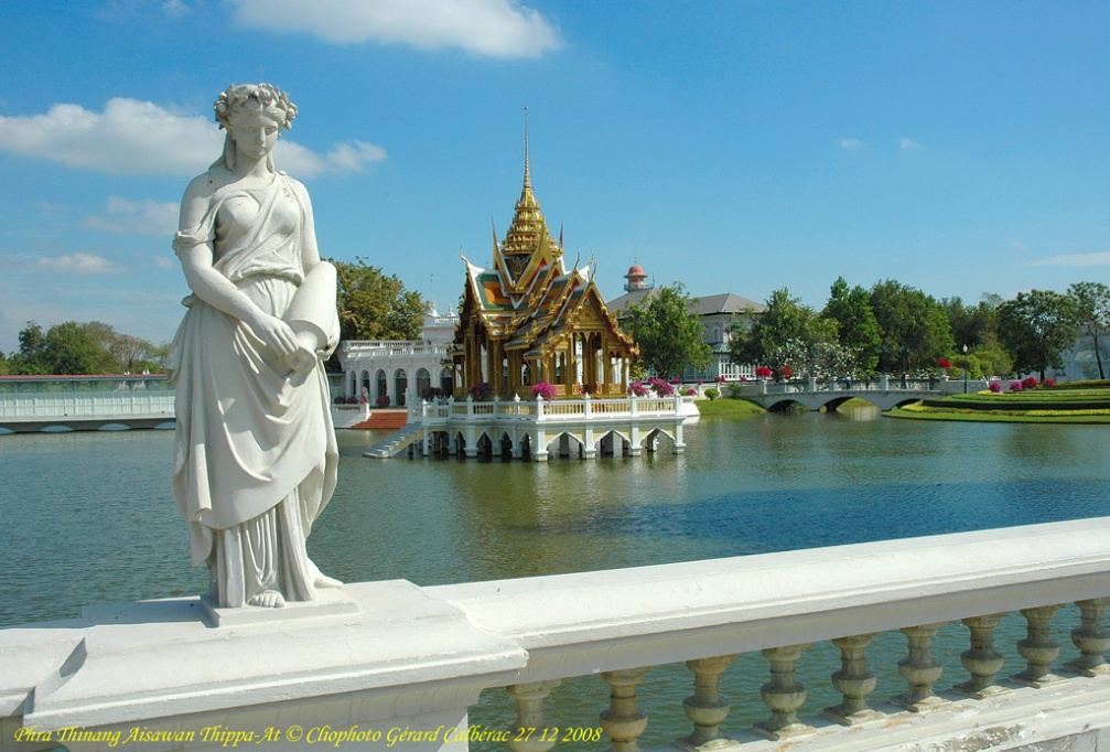 Phra_Thinang_Aisawan_Thippa-At.jpg