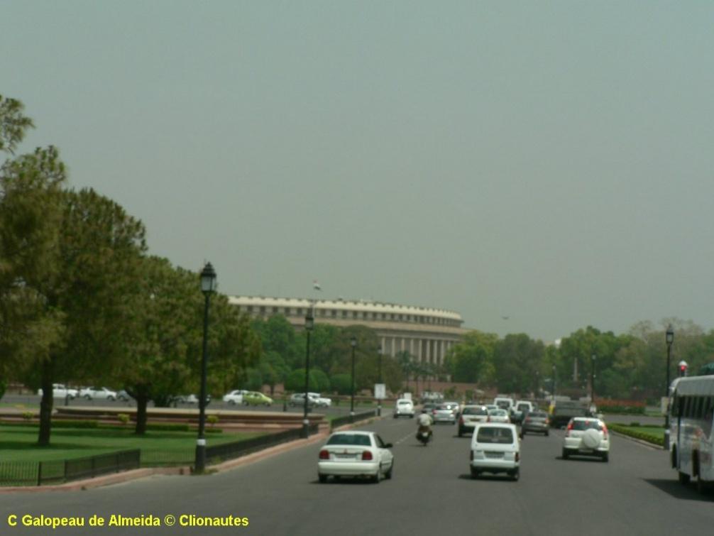 Le batiment du parlement indien delhi clio photo for Chambre sociale 13 janvier 2009