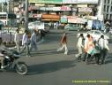 Indiens se rendant à un rassemblement électoral