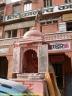 temple hindou dans une rue de Jaïpur