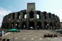 Arles, vue générale de l'amphithéâtre