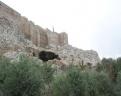 Grotte sur le flanc de l'Acropole