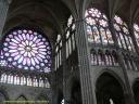 Du transept au choeur de la basilique de Saint Denis.