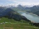 Barrage de Roselend, au fond le Mont Blanc